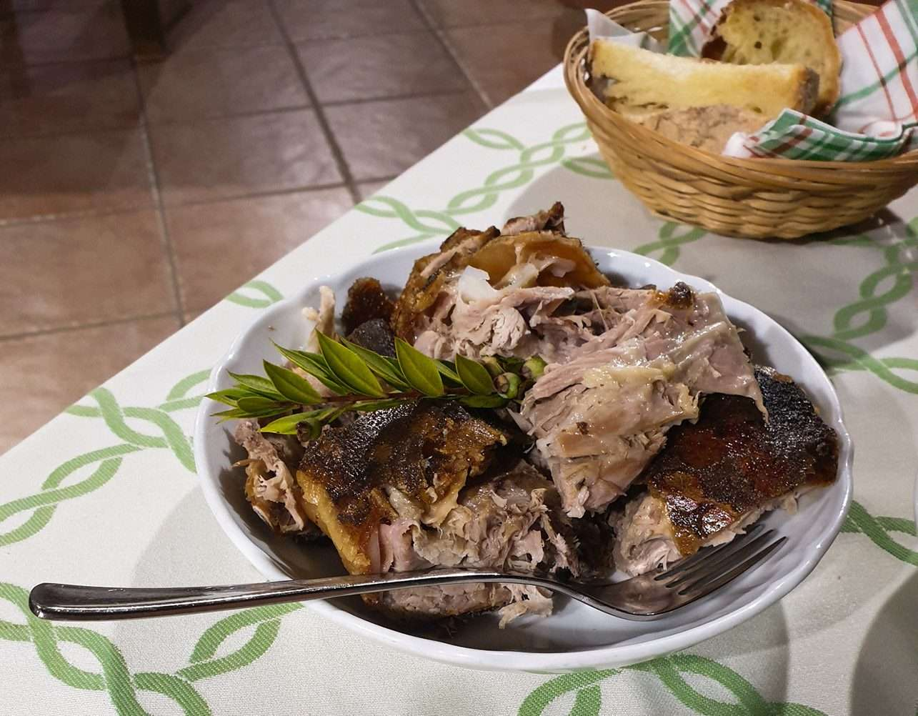 Agriturismo in Sardegna, dove mangiare il maialetto!
